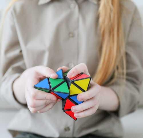 Seria copiii geniali: Genialitatea copiilor, înnăscută sau dobândită?